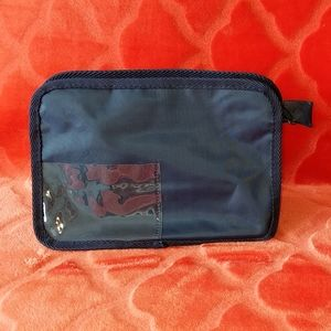 NWOT Pouch